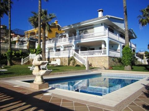 Comprar Villa en La Costa del Sol Axarquía
