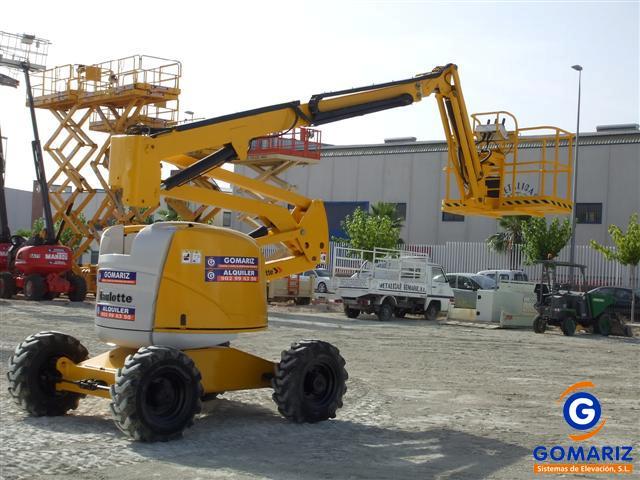 Articulated Boom Lift Haulotte HA18PX Diesel 4X4 18 meters
