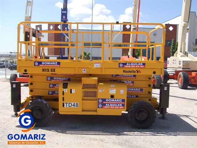 Comprar Scissor Lift Haulotte H15SX Diesel 4X4 15 meters