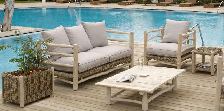 Muebles para piscina comprar en Font de la figuera
