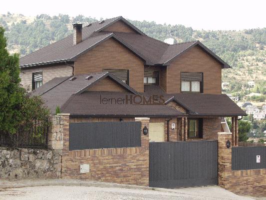 Comprar Casas con estructura de madera, tipo canadienses