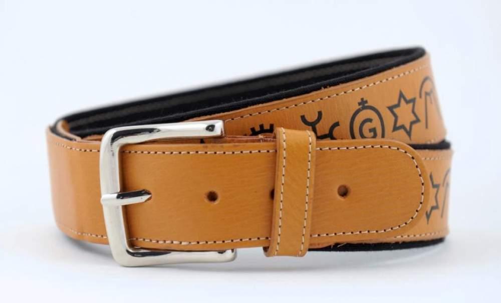Comprar Cinturon Piel Hierros Negro
