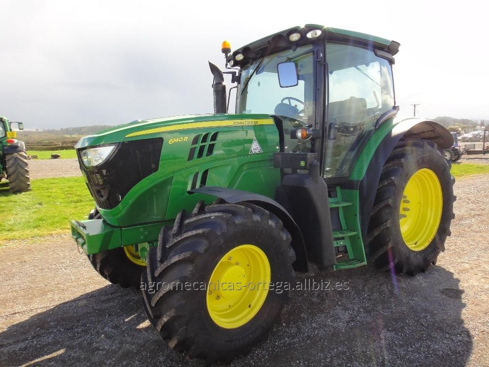 Comprar 2013 John Deere 6140R tractor agrícola