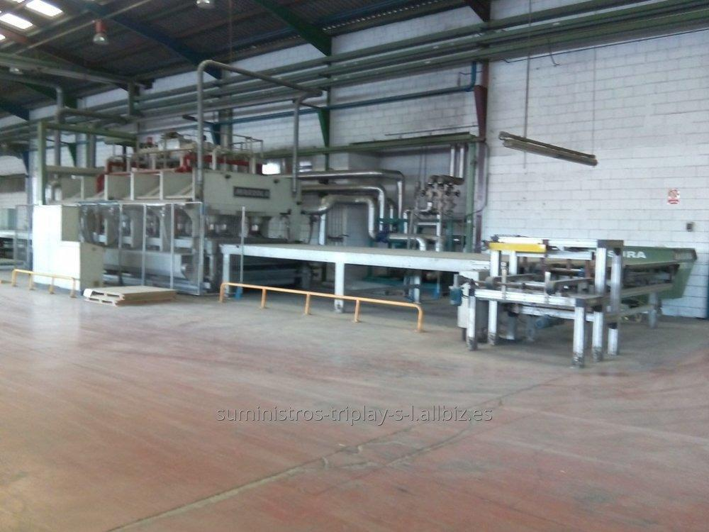 Comprar Línea de prensado continua para tablero MARZOLA medidas platos 6.400 x 2.300 mm.