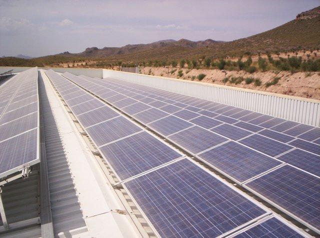 Comprar Planta solar fotovoltaica conectada a red de 75,6 KWp