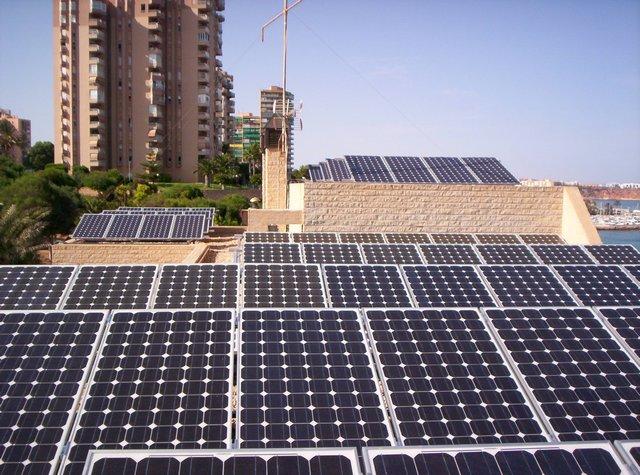 Comprar Instalación fotovoltaica conectada a red de 11,9 KWp