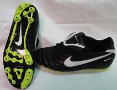 Bota fútbol Nike Tiempo