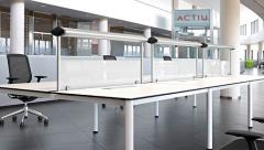 Mesas con estructura inferior