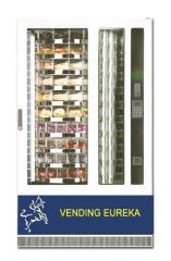 Máquina expendedora de snacks y bebida fría