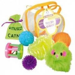Bolsa con 7 juguetes gato