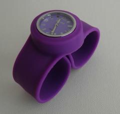 Reloj Clik-Clak Morado