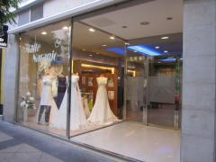 Vestidos de novia,trajes de novio y ceremonia