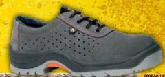 Zapato de serraje