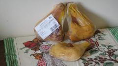 Muslos de pollo de corral asado natural