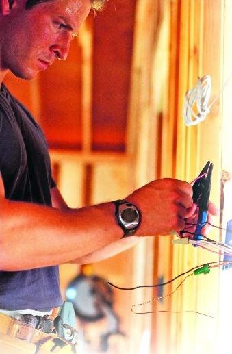Pedido Servicios de abastecimiento de electricidad