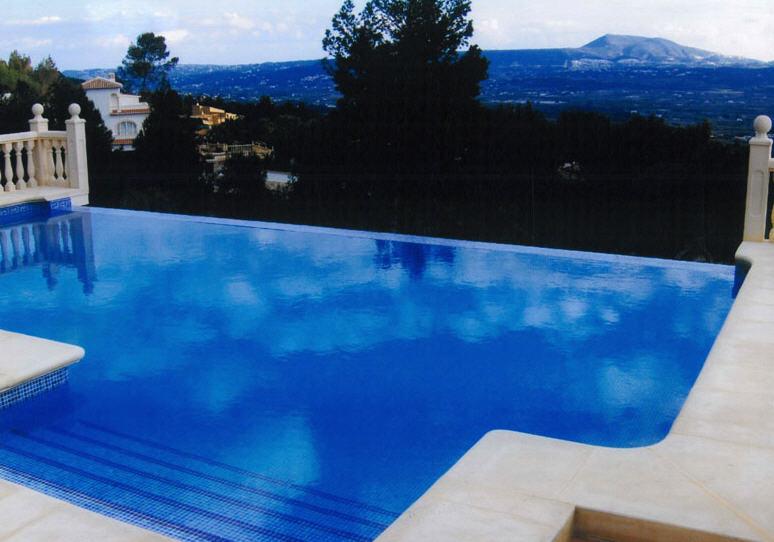 Pedido Instalación de piscinas