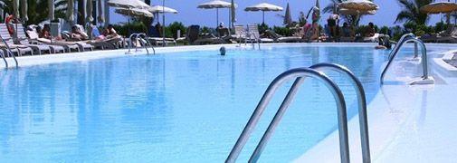 Pedido Servicios de Instalación de piscinas