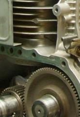 Servicios de reparacion de llantas y calzaderas de vehiculos